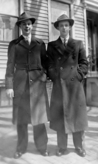 Photo of brothers Anthony (l) and Stanley (r) Murawski dated April 9, 1939, well before they were separated by WWII.