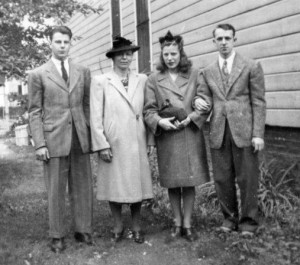 The Murawski's October 4, 1942. Left to right: Anthony (Dad), Mama, Anna, Stanley.