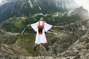 A modern day wing suit in flight. Image credit www.toysperiod.com